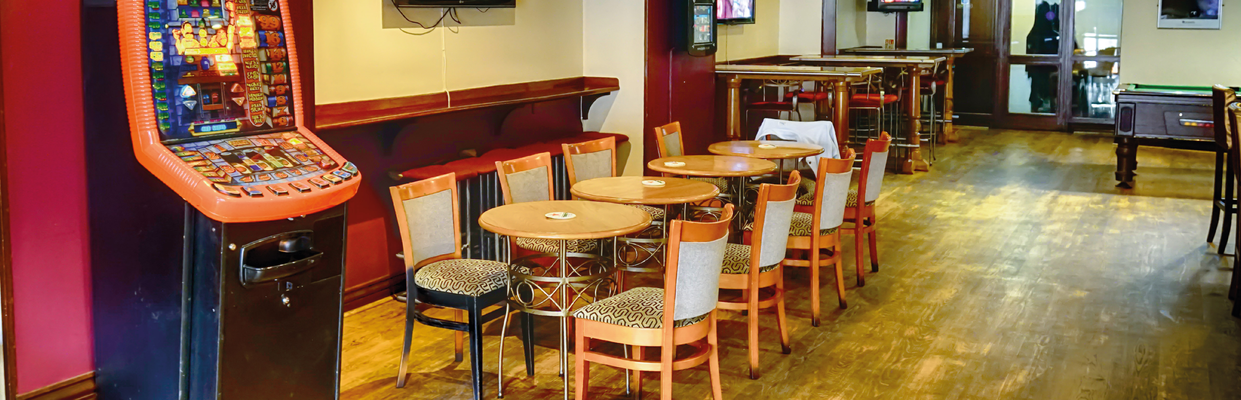 Randalls St Aubins Wine Bar Jersey