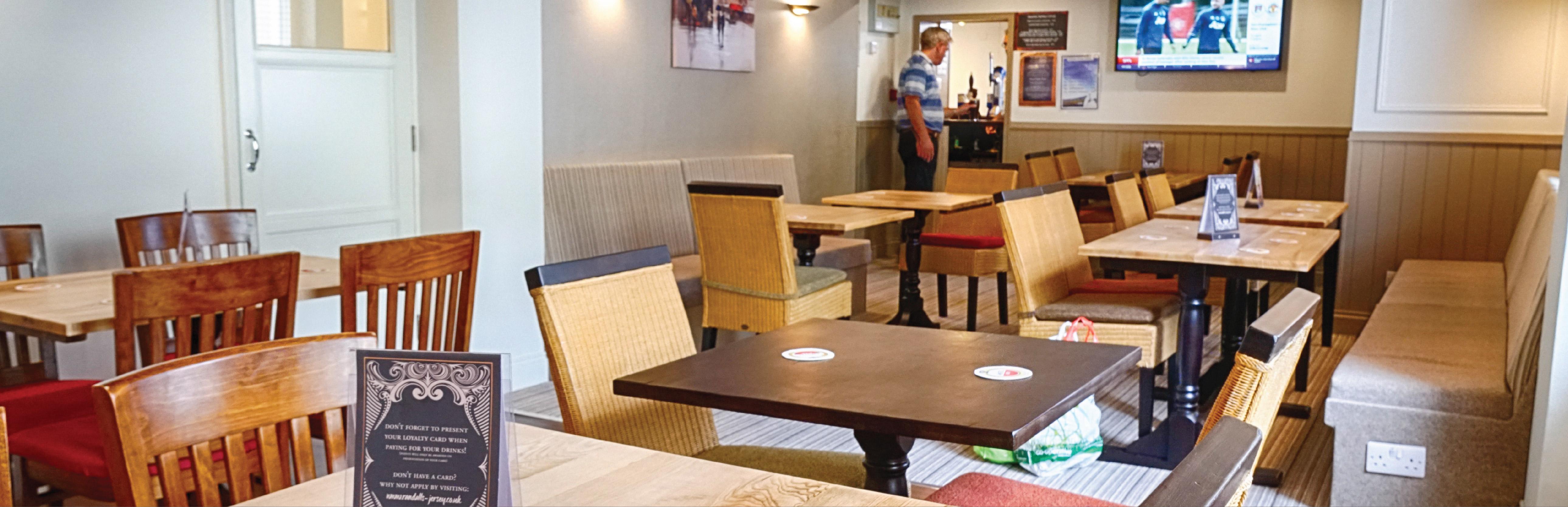 Randalls The Britannia Pub Jersey